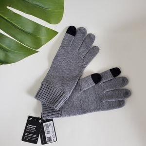 NWT Lululemon Cold Pursuit Merino Wool Gloves Grey